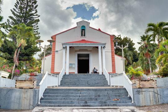 Eglise de Deshaies en Guadeloupe