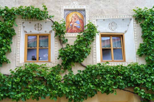 Glorenza, historic village in Venosta valley. Windows