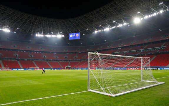 Champions League - Group G - Ferencvaros v FC Barcelona