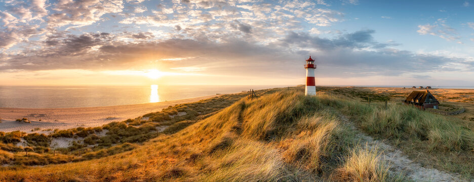 Panoramic view of a sunrise on the island of Sylt, Schleswig-Holstein, Germany