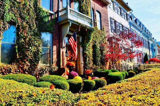 Cityscape of Geneva, New York. Historic row houses in downtown. Well maintained buildings, colorful paintings, beautiful gardens. A charming small town in America, has been on Playful City USA list.