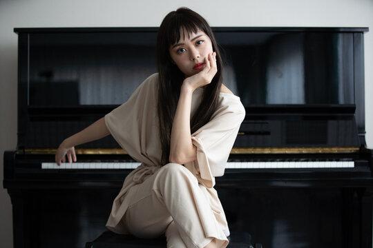 ピアニスト 女性