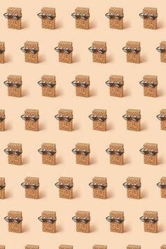 Diagonal pattern from sponges in pixel glasses.