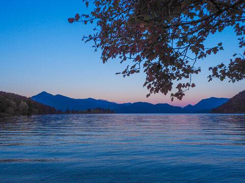 Sonnenuntergang am Walchensee - Bayerische Alpen