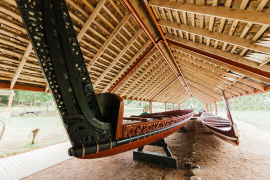 Carved maori canoe in Waitangi, New Zealand