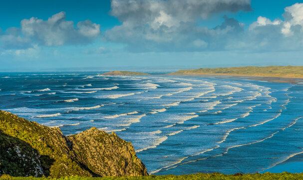 Rossili Bay, Waves