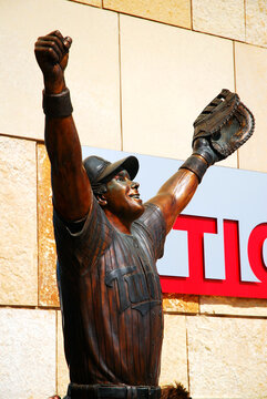 Statue of Kent Hrbek outside Target Field, Honors the Minnesota Twins World Series Victory