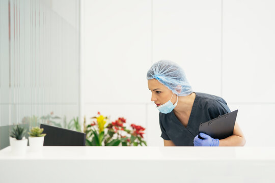 Doctor working in hospital