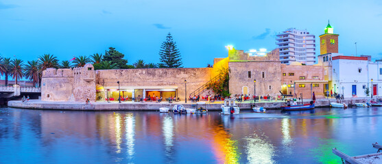 The scenic eveningin Bizerte, Tunisia Fotomurales
