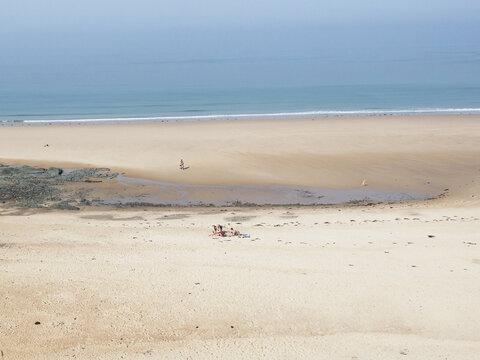 la plage de Carteret dans la Manche en France