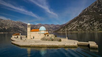 Kirche von Maria vom Felsen in der Bucht von Kotor Montenegro