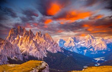 Wall Mural - Splendid view of the Cadini di Misurina range and Sorapis group in National Park Tre Cime di Lavaredo.