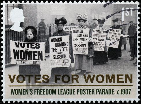 Women demanding the vote in 1907 on british sta