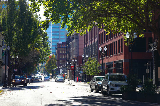 The Streets of Portland: SW 2nd Ave.