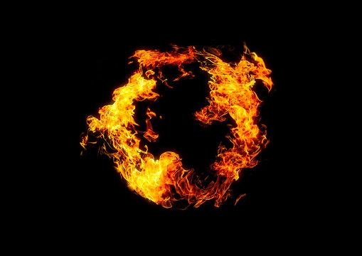 暗闇を照らす火の輪