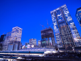 Fototapete - 夕暮れの東京駅