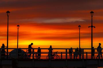Zachód słońca na molo