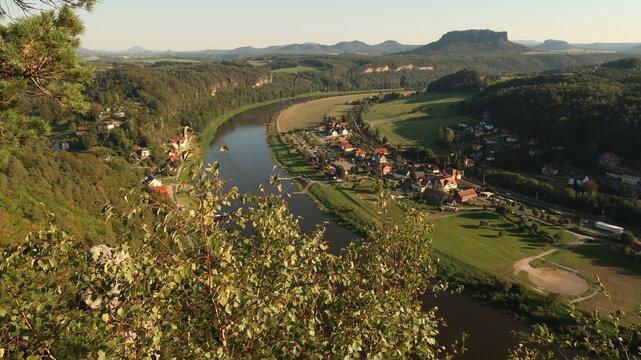 sächsische schweiz, Elbufer, landschaft, fluss, wasser, natur, see, himmel, berg, meer, panorama, sommer, green, anblick, blau, wald, baum, berg, sonne,  ausserhalb