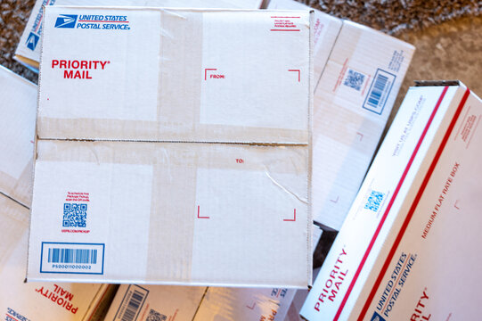 Tiffin, Iowa, USA;  12-2020:  United States Postal Service priority mail flat rate shipping boxes and material