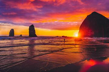 Colorful Sunset Dancing Sun Haystack Rock Sea Stacks Canon Beach Oregon