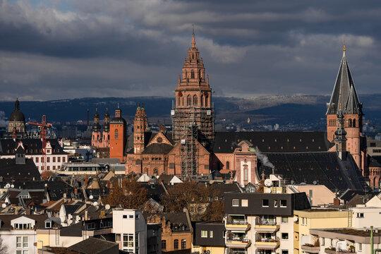 Mainzer Dom im Winter