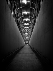 Tunel na peron