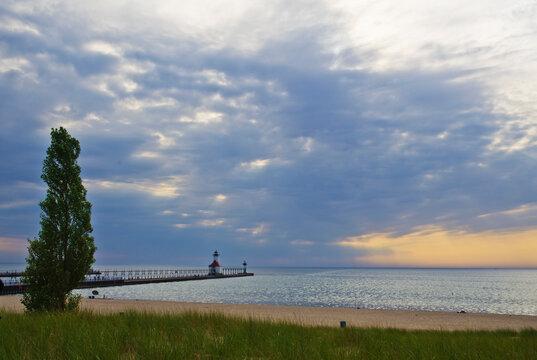 570-139 St. Joseph, Michigan Pierhead Lights at Sunset