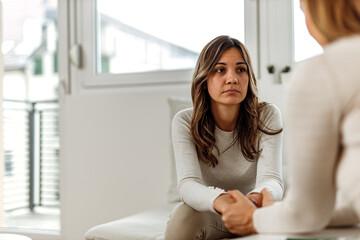 Obraz Brunette woman, mental health. - fototapety do salonu