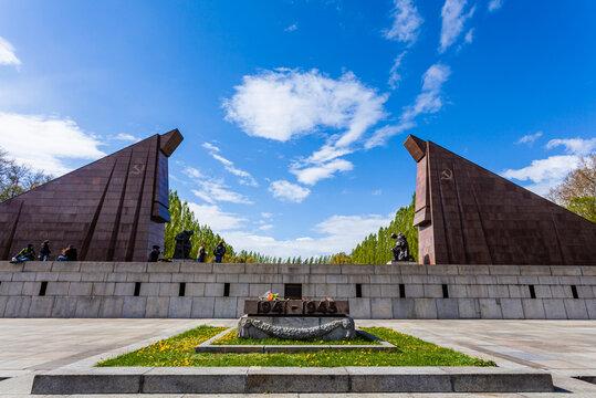 Sowjetisches Ehrenmal im Treptower Park, Berlin, Deutschland