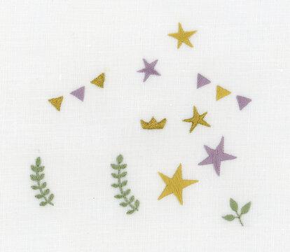 星と葉っぱとガーラントの刺繍