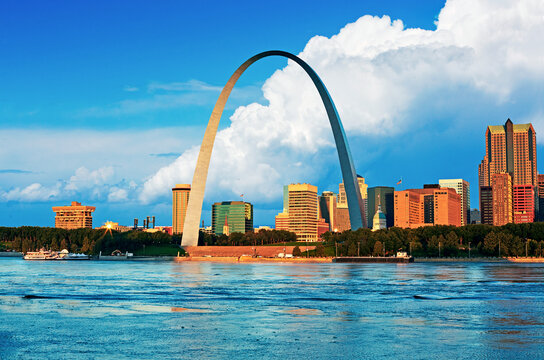 Skyline of the cityscape of St Louis Gateway Arch overlooking the River Mississippi in Missouri