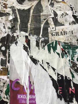 Alte zerrissene Plakate Grunge Textur Hintergrund