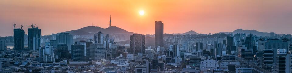 Seoul skyline panorama at sunset, South Korea Fototapete