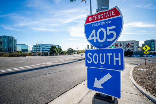 Blue 405 South Sign Entrance in Irvine, California with no cars