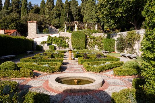 Garten Jardin du Monastère de Cimiez in Nizza in Frankreich