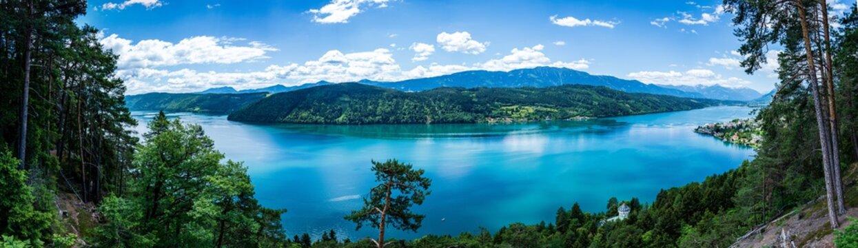 MIllstätte See bei Sonnenschein im Sommer