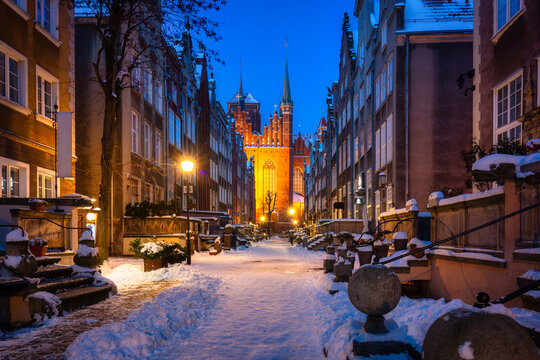 Beautiful Mariacka street in Gdansk at snowy winter, Poland