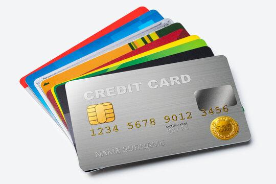 白背景に置かれたクレジットカード