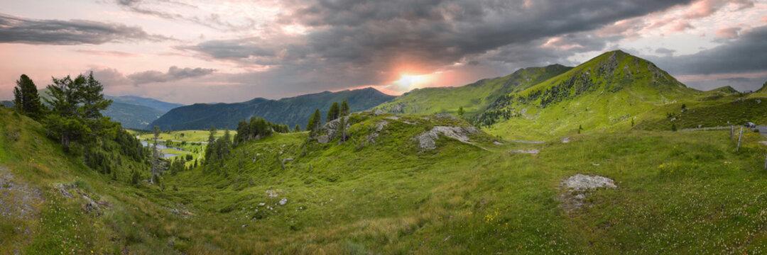Panorama Nockberge in Kärnten / Österreich