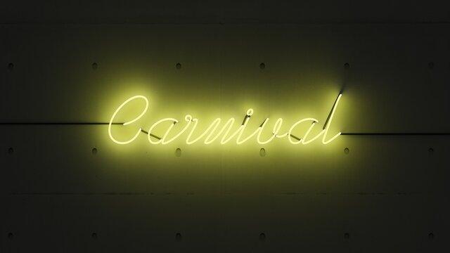 Carnival neón amarillo.