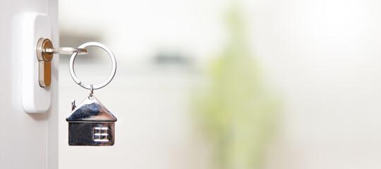 house key in the door - fototapety na wymiar