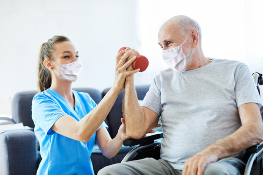 nurse doctor senior care exercise physical therapy mask virus help assistence retirement  man protection