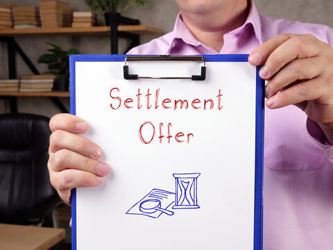 Juridical concept meaning Settlement Offer with inscription on the page.