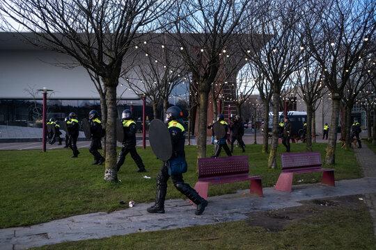 AMSTERDAM - PROTEST CURFEW