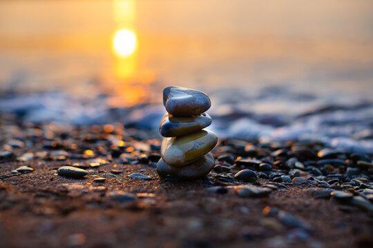 Figure of stones on the beach