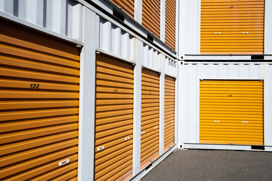 Colorful luggage compartment / yellow self-storage / orange rental warehouse /