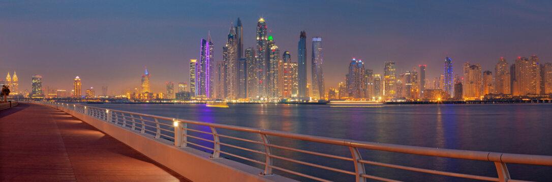 DUBAI, UAE - MARCH 29, 2017: The evening panorama of Marina towers.