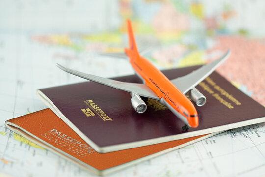 Passeport sanitaire, concept voyages en période de pandémie de Covid-19
