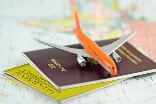 Passeports sanitaires Covid-19 pour voyager en période de pandémie