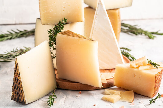 Various types of assorted manchego cheese composition, traditional spanish cheese